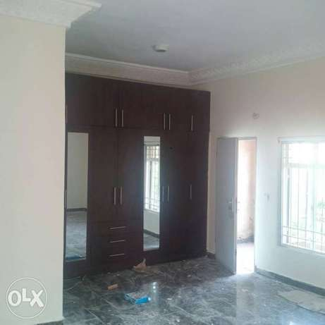 A tastefully finished, serviced & brand new 3bedroom terrace Duplex. Asokoro - image 3
