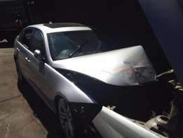 We buy accident damage and non running cars for cash