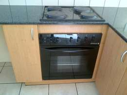 2 bed 2 bath Emerald Gardens 1st floor available asap or 1 May