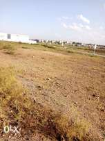 Thika rd 1¼ Acre Prime commercial plot touching road 4 petrol station