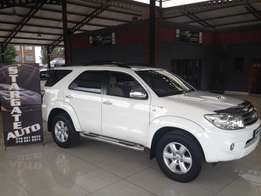 Toyota Fortuner 3l D4d Auto 2010 Model Lots of extras Low mileage