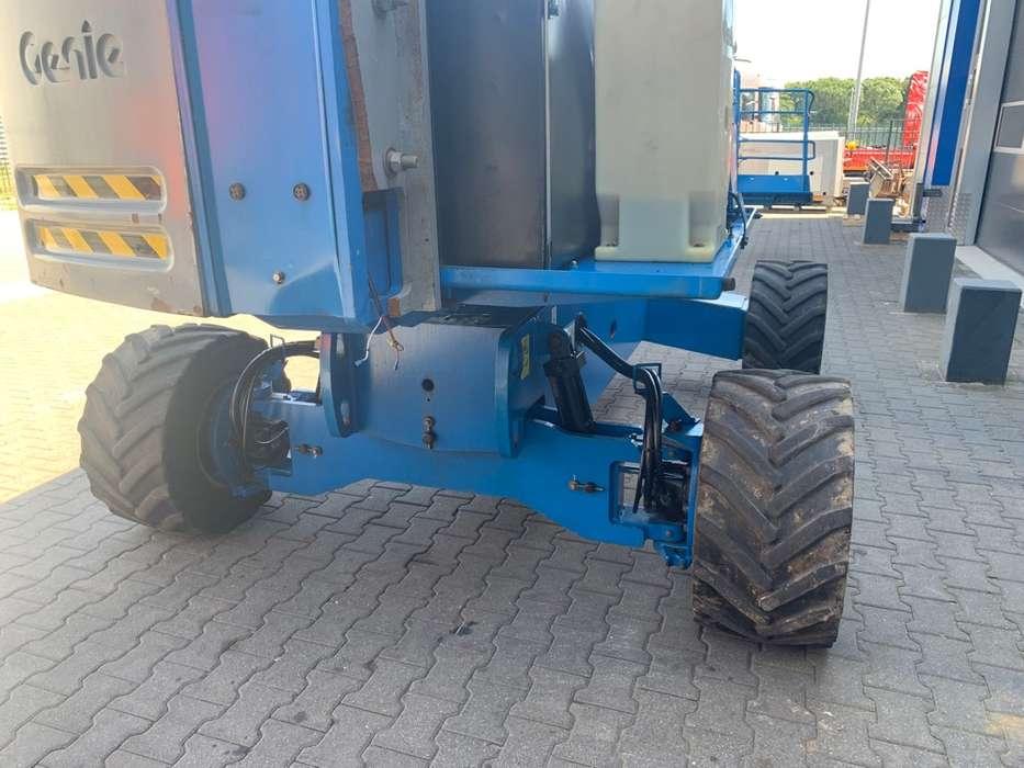 Genie S 45 4 WD hoogwerker - 2010 - image 14