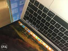 Macbook pro with touch bar 256 ROM