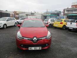 Renault Clio 1.3 2014 Model,5 Doors factory A/C And C/D Player