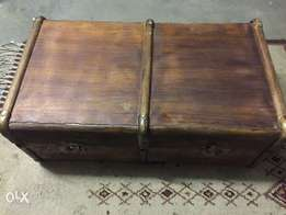 Antique Wooden Suite Case