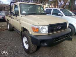 Land cruiser pick up on sale