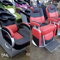 barbers chairs and sink chair