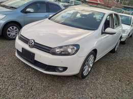 Volkswagen Golf VI White