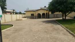 5 bedroom house for rent which is suitable for office