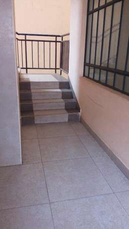 2 bdrm mastr ensuite to let in south b shopping center Nairobi CBD - image 4