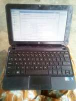 UK used neat HP mini 2102 with 5hrs plus Battery