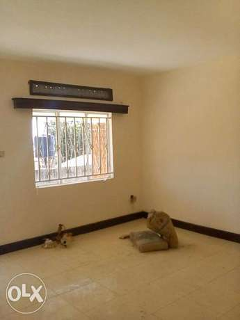 Two bedroom two bathroom self contain house for rent in kisaasi Kampala - image 2