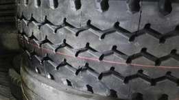 315/80r22.5 new and retread truck tyres