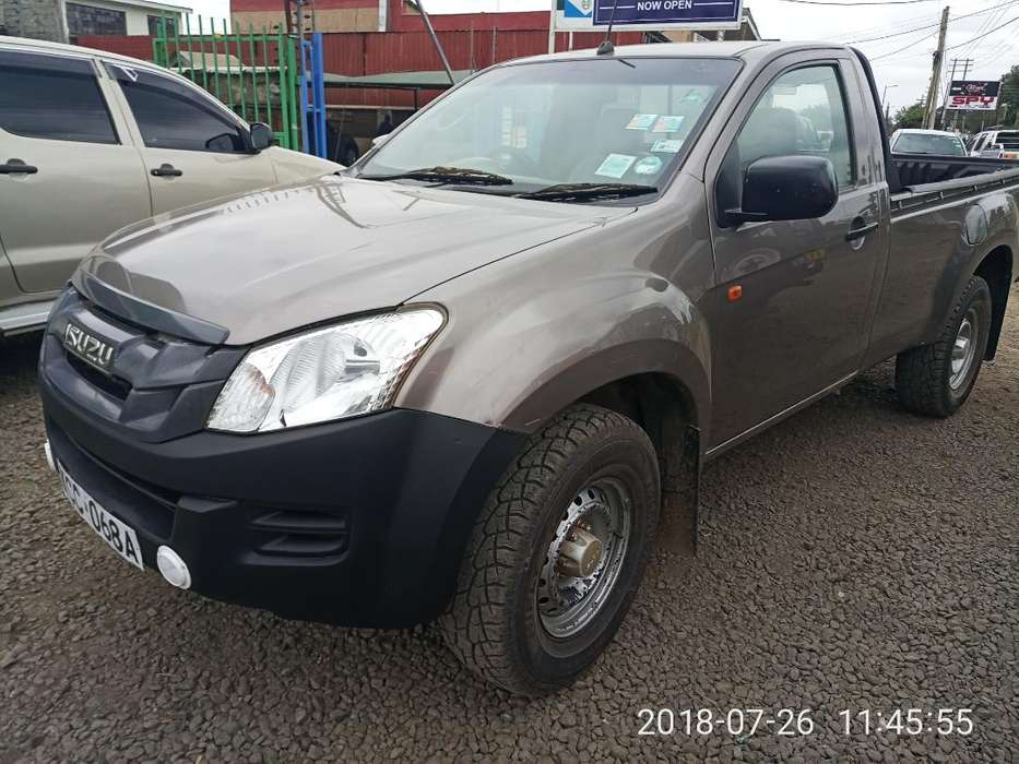 Isuzu Dmax Highrider Pickup 2014 Model 2500cc Diesel Super Clean 0