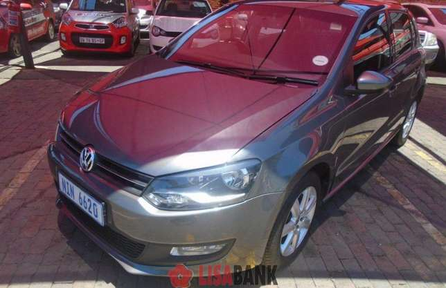 Vw Polo 1.4 comfortline hatchback with TSI engine is looking for you,, Edenvale - image 3