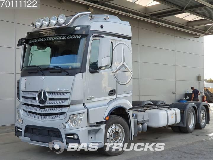 Mercedes-Benz Actros 2545 L 6X2 Liftachse ACC Euro 5 - 2013