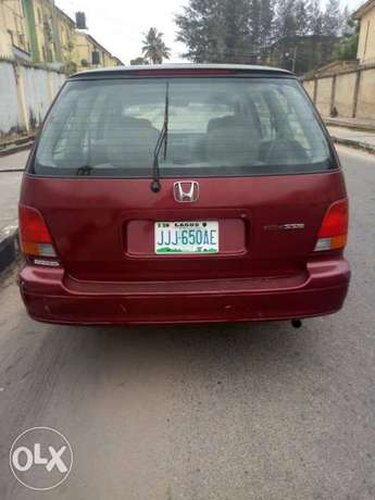 Cleanly used Honda Odyssey for sale Alimosho - image 1