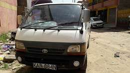 Toyota shark 3L (1996) suitable for school van