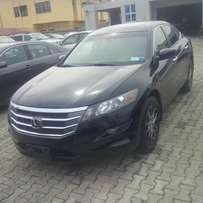 Honda Crosstour 2012 model full option