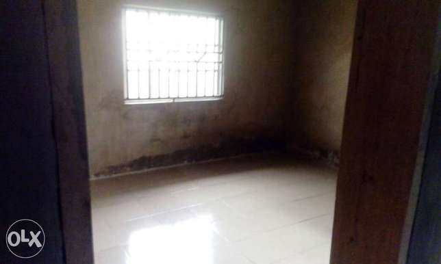 4bedroom flat on a full plot for sales Ibadan South West - image 7