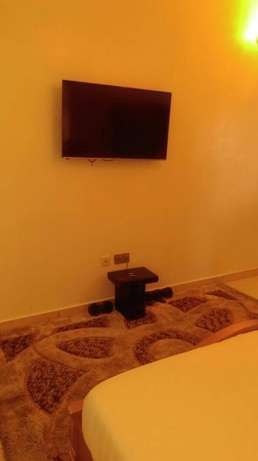 An Elegantly Furnished 2 Bed Flat with Topnotch Facilities in Agungi Lekki - image 2
