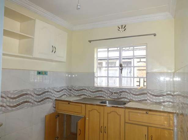 2 bedroom house extension in Mountain View Estate Mountain View - image 2