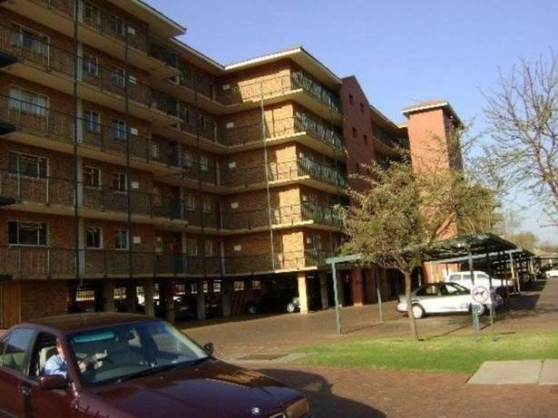 Flat to let Centurion Clubview - image 3