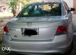 Registered 2009 Honda Accord Ex with v4, 1st body and black leather