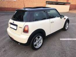 Mini Cooper 1.6 Manual Chilli Pack for sale R19999price