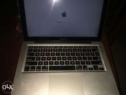Macbook Pro 2013 Laptop has 12gb ram, corei5 , 500gb very New for sell