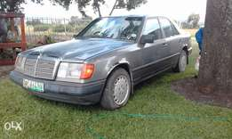 For Sale Mercedes Berz w124 diesel R25 000 neg
