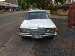 Mercedes Benz 250 Immaculate condition
