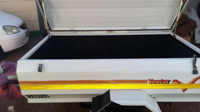 Venter trailer Table View - image 5