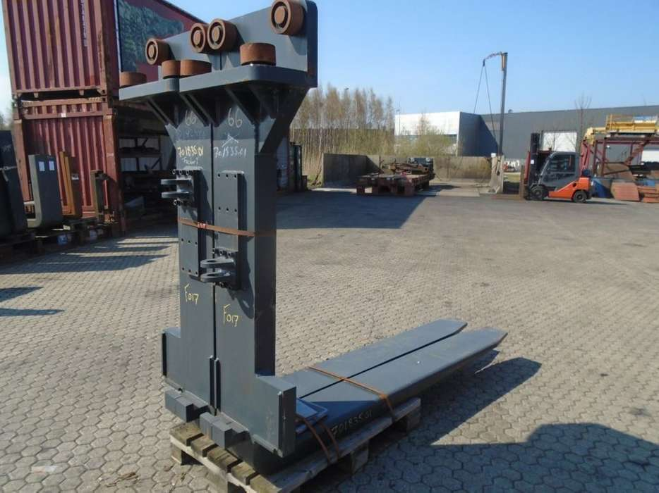 FORK Fitted with Rolls, Kissing Forks 28.000kg@1200mm // - image 2
