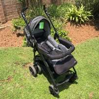 Recaro 4 Wheel Pram #20121 *Pre-Loved*