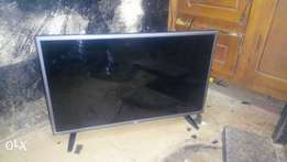 Few month used 32 inches 3d LG TV