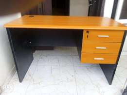 Good quality office table