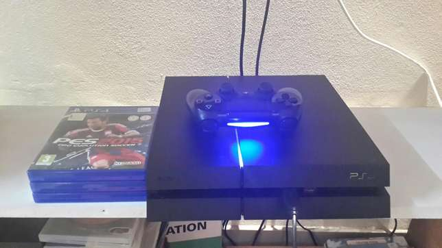 Brand new Playstation 4 for urgent sale Durban North - image 1