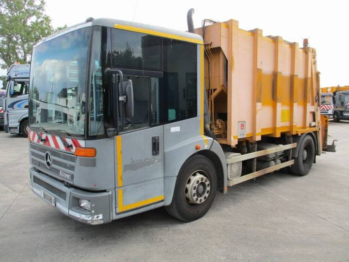 Mercedes-Benz 1928 LL Econic Glass / Waste Collector - 2002