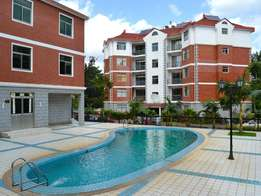 Cosy 3 bedroom modern apartment plus sq for rent behind Prestige Mall
