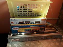3 trainsets