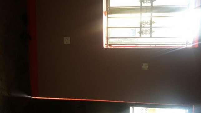 Hot singled roomed house in Mbuya at 140k Kampala - image 5