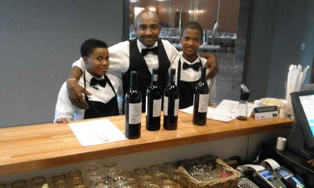 waiters and waitresses for hire Johannesburg - image 5