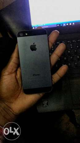Iphone 5,32gb,fair condition Lanet - image 1