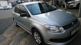2011 polo6 Sedan 1.6 comfortline available for sale