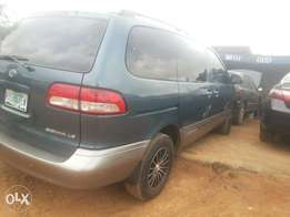 Just 2wkeeks registered 02 sienna for sale.