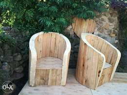 rustic wood pallet chairs