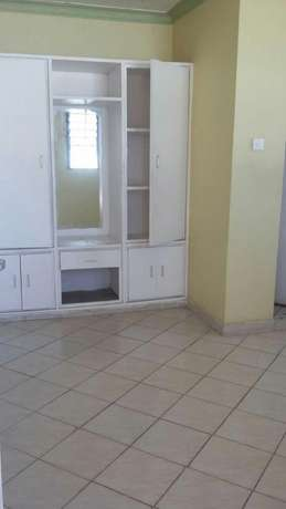 Very spacious two Bedroom to rent Bamburi Bamburi - image 1