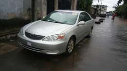 Toyota Camry 2004 model very clean buy and drive