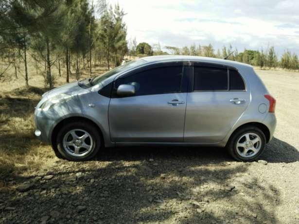 A clean buy and drive vitz Kericho Town - image 5